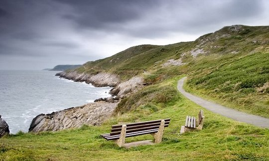 , Walkers on Welsh Coast Path will get free water refills to stop single-use bottles being used | Daily, The Circular Economy