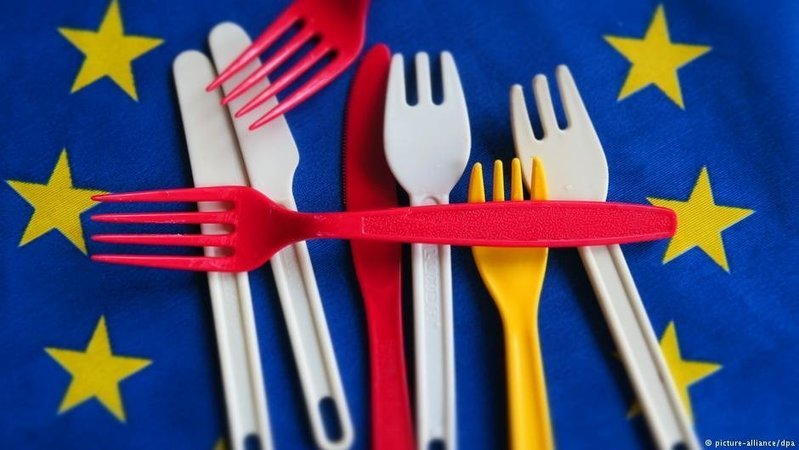 , EU reaches agreement on single-use plastic ban : environment, The Circular Economy