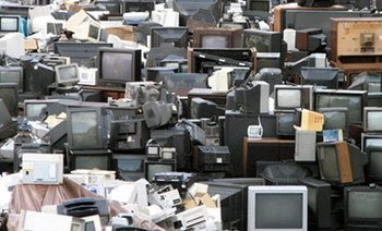 , 500,000 used computers, 60,000 tonnes of e-waste imported into Nigeria, The Circular Economy