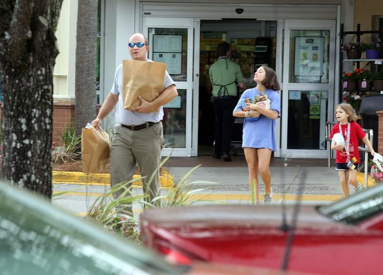 Richland could become the first inland SC county to ban single-use plastic bags, The Circular Economy