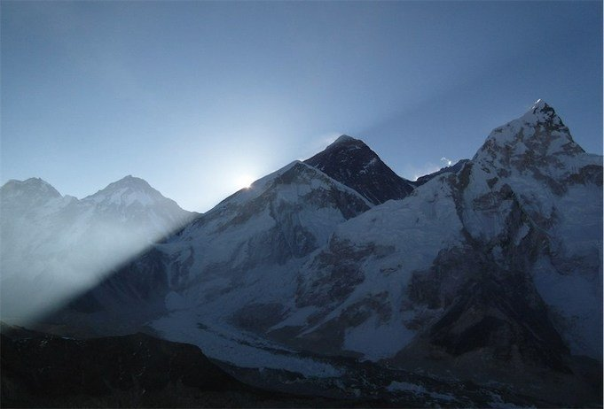 , Nepal is banning single-use plastic on and around Mt. Everest, The Circular Economy, The Circular Economy