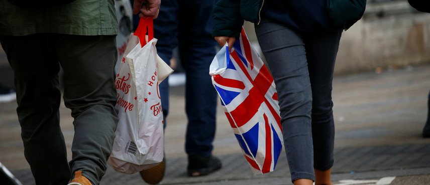 , Single-use plastic bag use has been cut by 90% in the UK, The Circular Economy, The Circular Economy