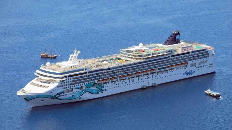 Norwegian Cruise Line To Ditch Single-Use Plastic Water Bottles, The Circular Economy