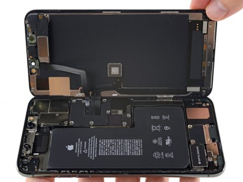 , A Leaked EU Proposal Details Plans to Make Smartphone Battery Replacement Easier and Prevent E-Waste Build-up, The Circular Economy, The Circular Economy