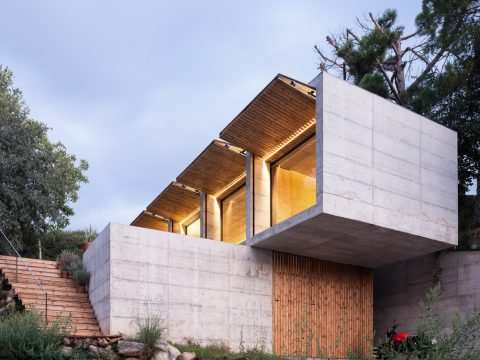 , Concrete Houses in Spain: Exploring Cement's Sustainability Potential, The Circular Economy, The Circular Economy
