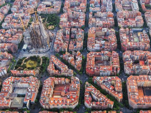 , Sustainable cities after COVID-19: are Barcelona-style green zones the answer?, The Circular Economy
