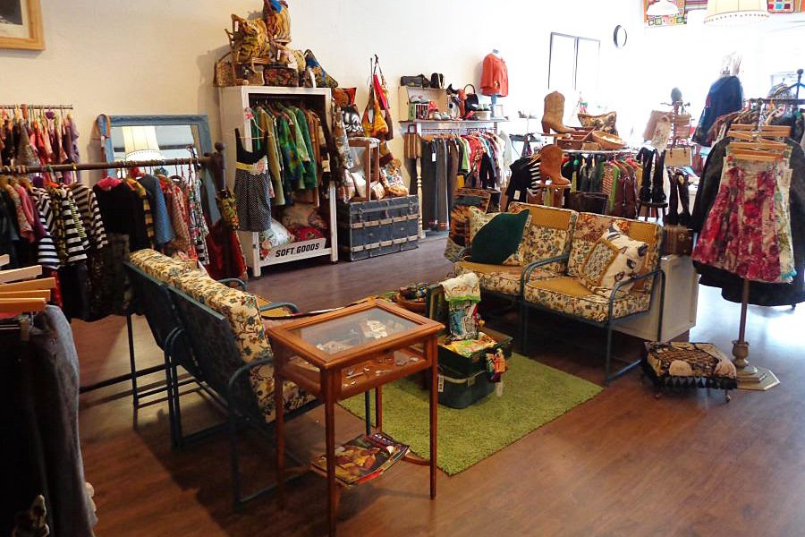 , 5 Denver Stores for Sustainable Holiday Shopping, The Circular Economy