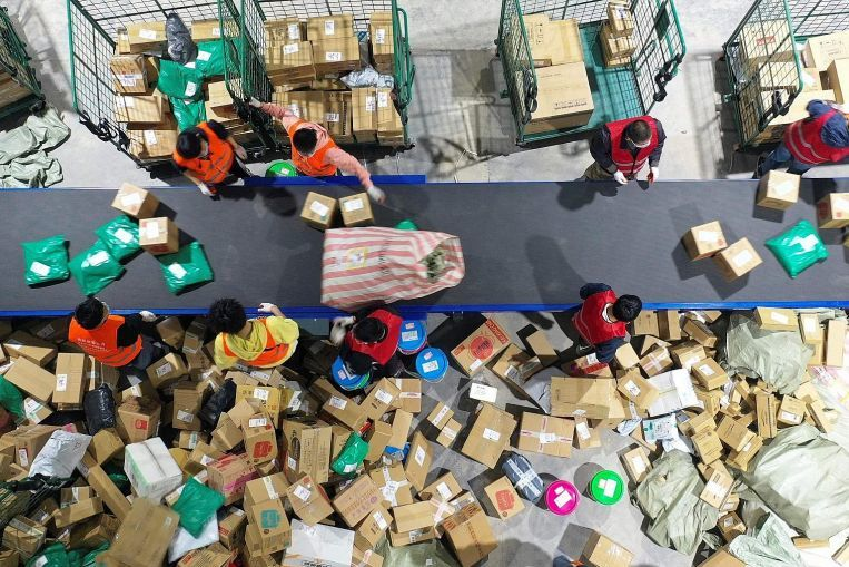 , E-shopping addiction lays waste to green packaging drive in China, Economy News & Top Stories, The Circular Economy